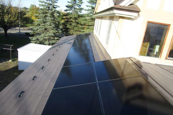 屋根2面にパネル設置で発電量アップ!(音更町I様)